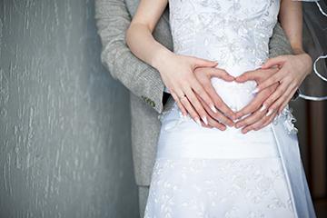 В какие сроки регистрируют брак при беременности