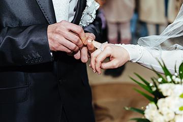 Можно ли при регистрации брака оставить свою фамилию