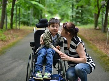 Можно ли досрочно выйти на пенсию привопитании ребенка инвалида
